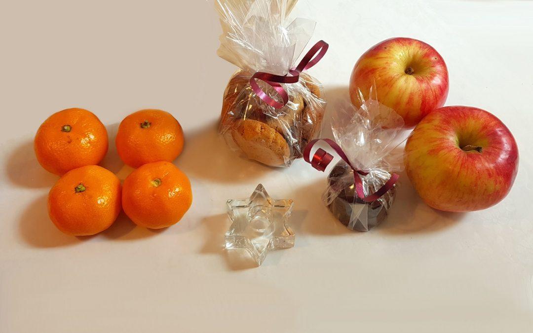 Geschenkpäckchen zu Weihnachten von den HDH Freiwilligen in Zagreb (Kroatien)