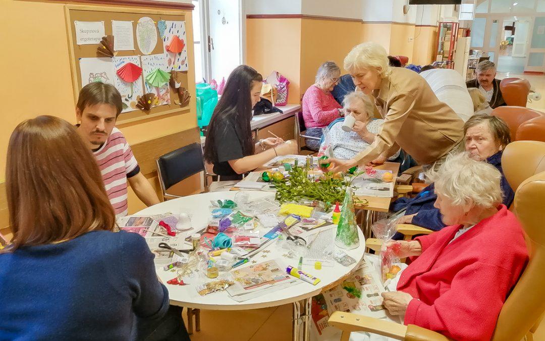 Holosophic Society Czech Republic Organized Christmas Activity at a Hospital