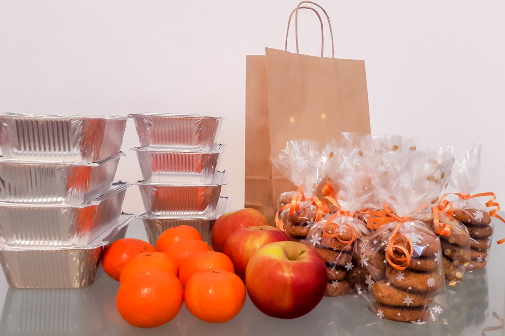 Holosophic Society Croatia (HDH) Organized Christmas Lunch Packages in Zagreb