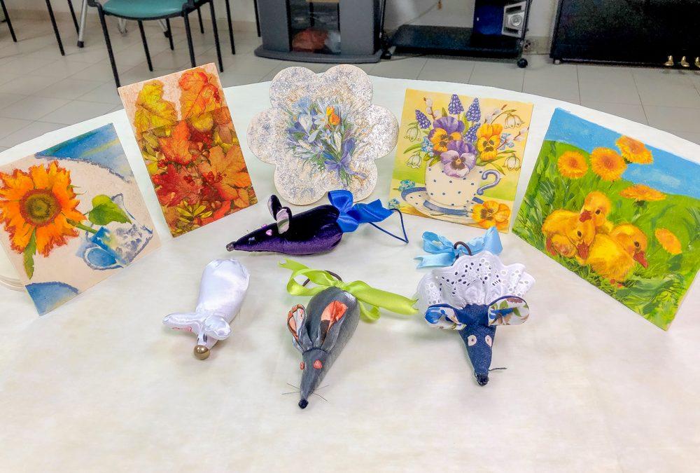 Holosophic Society Израиля организовало кружок рукоделия