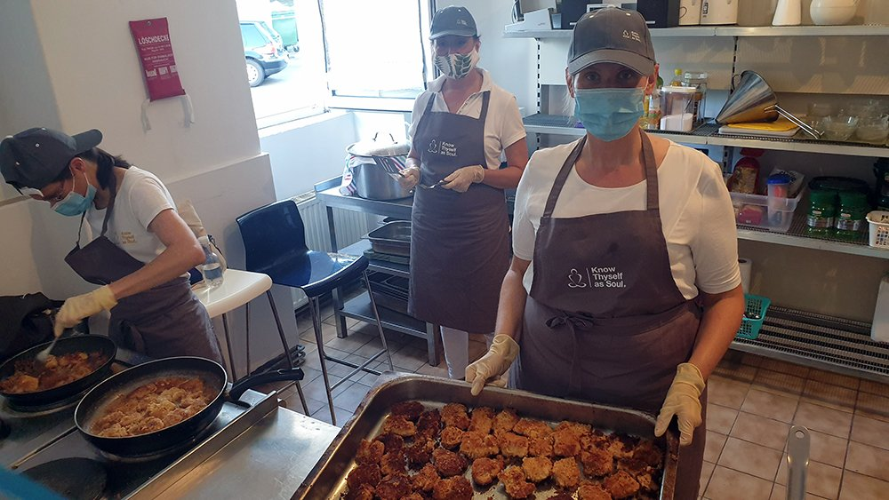 Cooking for Homeless People