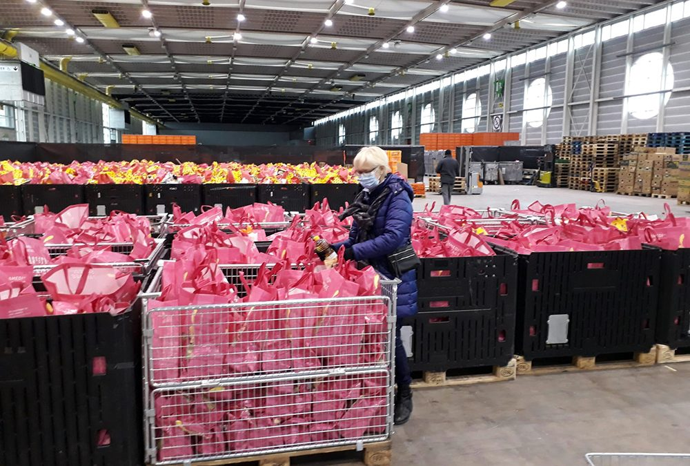 Helping Hand to the Food Bank